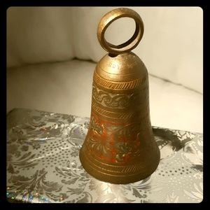 Super Vintage Indian - Brass hand carved bell